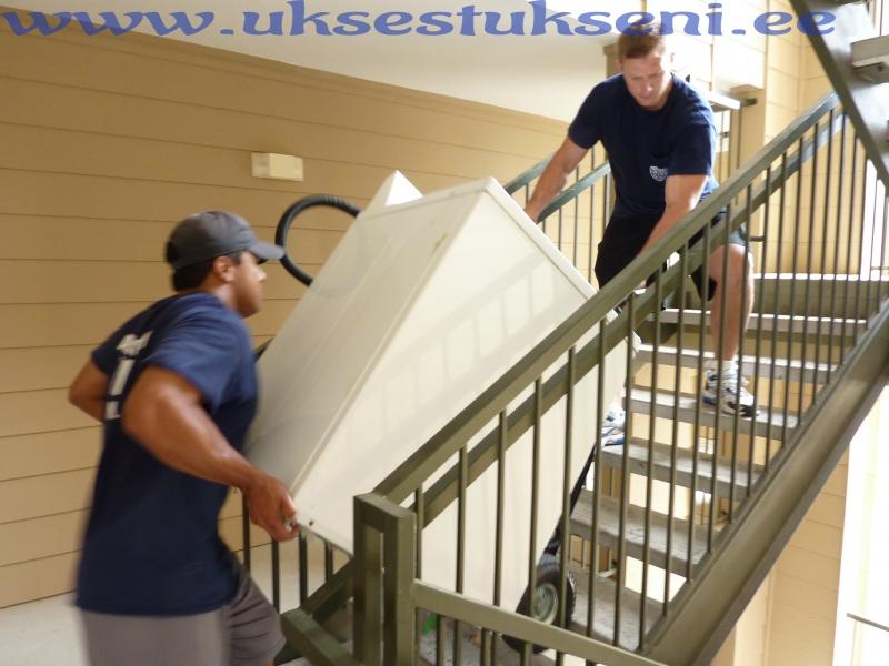 www.kolimisteenus24.ee abi kolimisel, kolimisteenus, kolimine, помощ при переедле, переезд