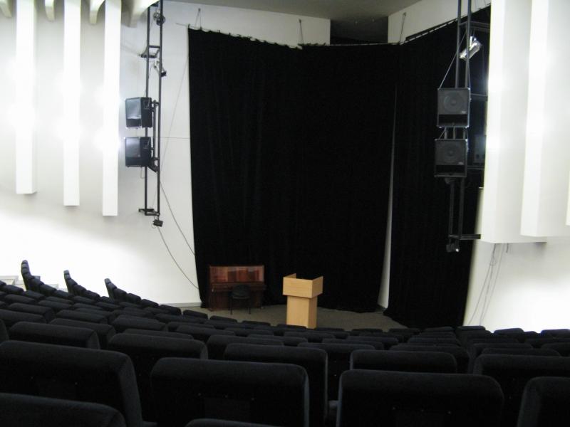 Rävala 8 -konverentsisaal