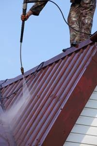 power-cleaning-metal-roofs
