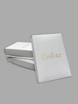 eritellimusel tehtud ehtekarp, disainpaber, kuldne logo trükk, kaanega karp